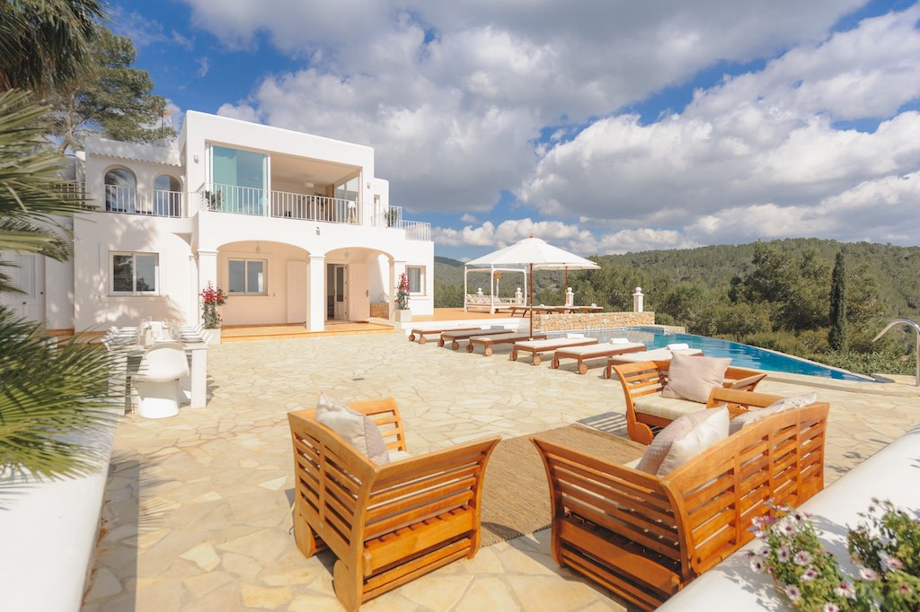 Ibiza, 5 Bedrooms Bedrooms, 10 Rooms Rooms,3 BathroomsBathrooms,Villa,Vacation Rental,1053