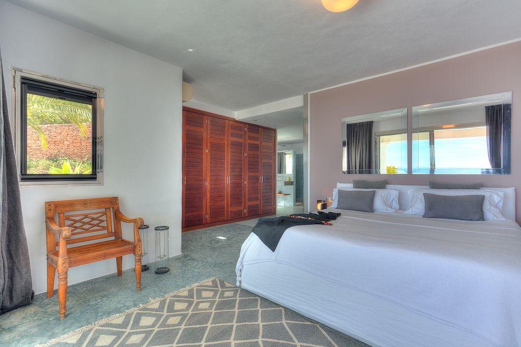Ibiza, 5 Bedrooms Bedrooms, 10 Rooms Rooms,5 BathroomsBathrooms,Villa,Vacation Rental,1055